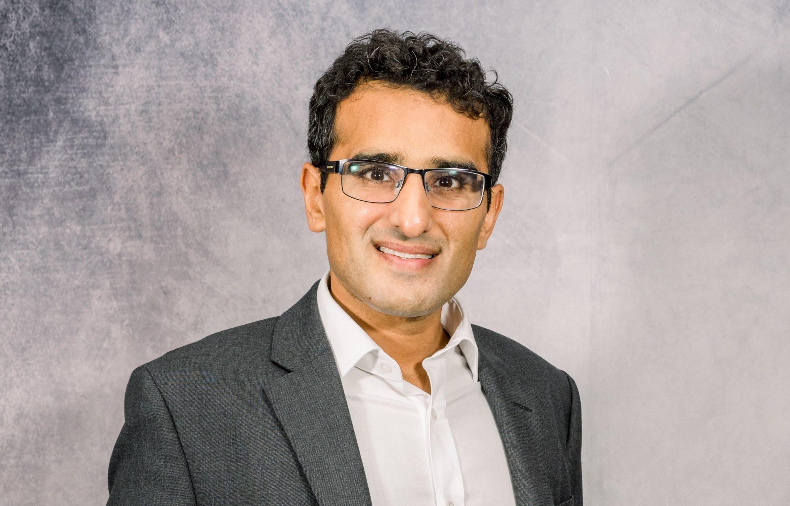 Introducing Dr Tahir Akbar